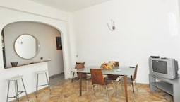 Apartment With one Bedroom in Maiori, With Wonderful sea View, Furnished Balcony and Wifi - 500 m From the Beach
