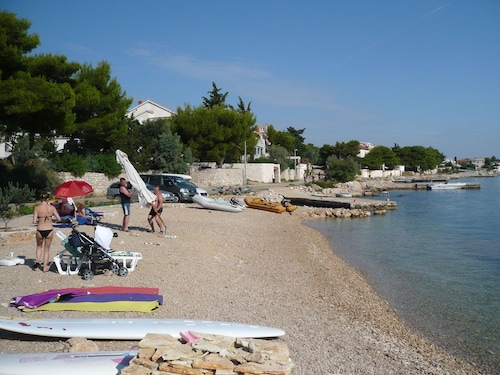 Studio in Betina, With Wonderful sea View, Furnished Garden and Wifi, Murter