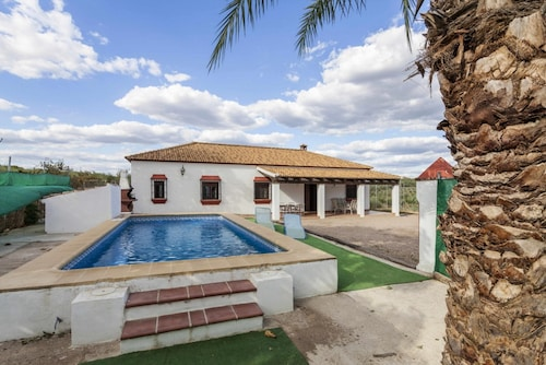 . Villa With 4 Bedrooms in Córdoba, With Wonderful Mountain View, Private Pool, Furnished Garden - 180 km From the Beach