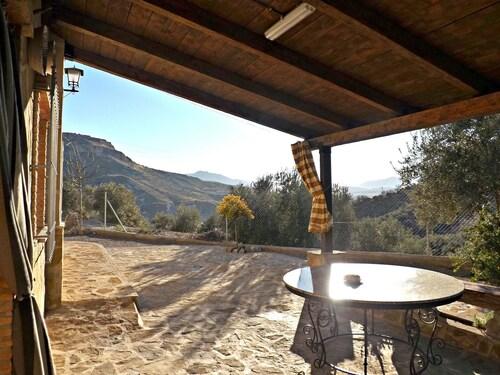 Villa With 5 Bedrooms in La Guardia de Jaen, With Wonderful Mountain V, Jaén