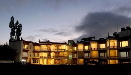 . Hotel Nalanda Ladakh