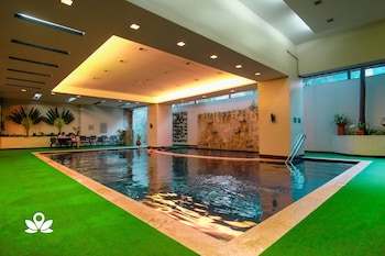 ZEN ROOMS AT MILLENIA TOWER ORTIGAS Pool