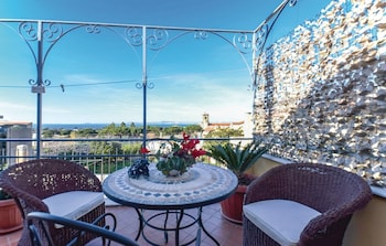 Apartment With 2 Bedrooms in Piano di Sorrento, With Wonderful sea Vie - Property Image 3
