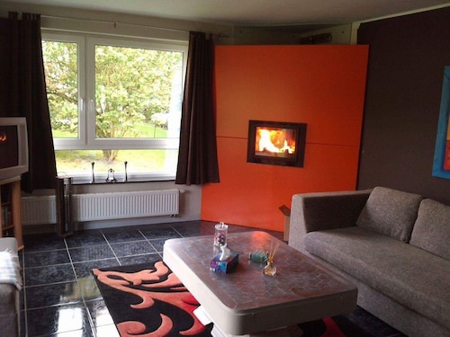 House With 3 Bedrooms in Philippeville, With Enclosed Garden and Wifi, Namur