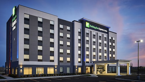 . Holiday Inn Express and Suites Brantford, an IHG Hotel