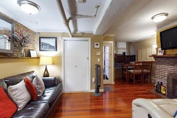 Cherrywood on Beacon Hill Apartment 1