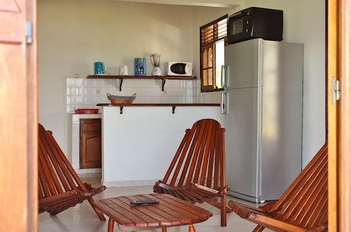 Apartment With 2 Bedrooms in Deshaies, With Wonderful sea View, Pool A, Deshaies