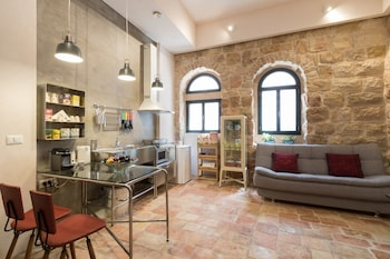 Hotel - Best Location Jerusalem Stone Apartment