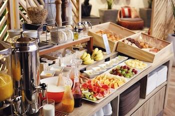DAIWA ROYAL HOTEL D-CITY OSAKA HIGASHITEMMA Breakfast Meal