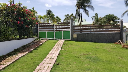 Apartment With one Bedroom in Baie Mahault, With Enclosed Garden and W, Baie-Mahault