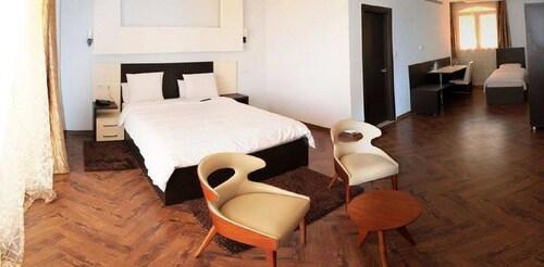 Hotel Ikram El Dhayf, Kouba