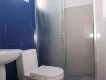 D' GECKO HOTEL Bathroom