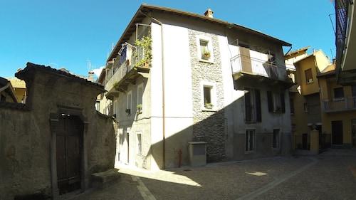 La Casa sul Sasso, Lecco