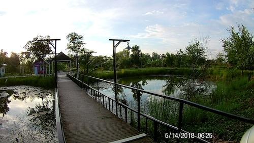 Baan Rai Chern Ma Resort, Muang Tak