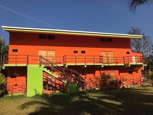 Lo Nuestro Resort, Tamanique