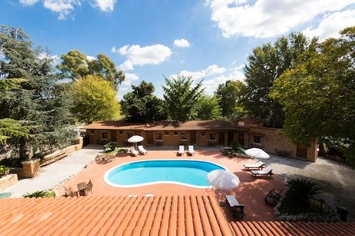 . Villa Valente