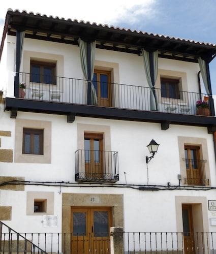 . Apartamentos Entre Fuentes