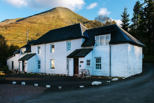 . Merlin Cottage