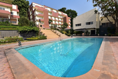 Rajpracha Sport Resort, Pak Chong