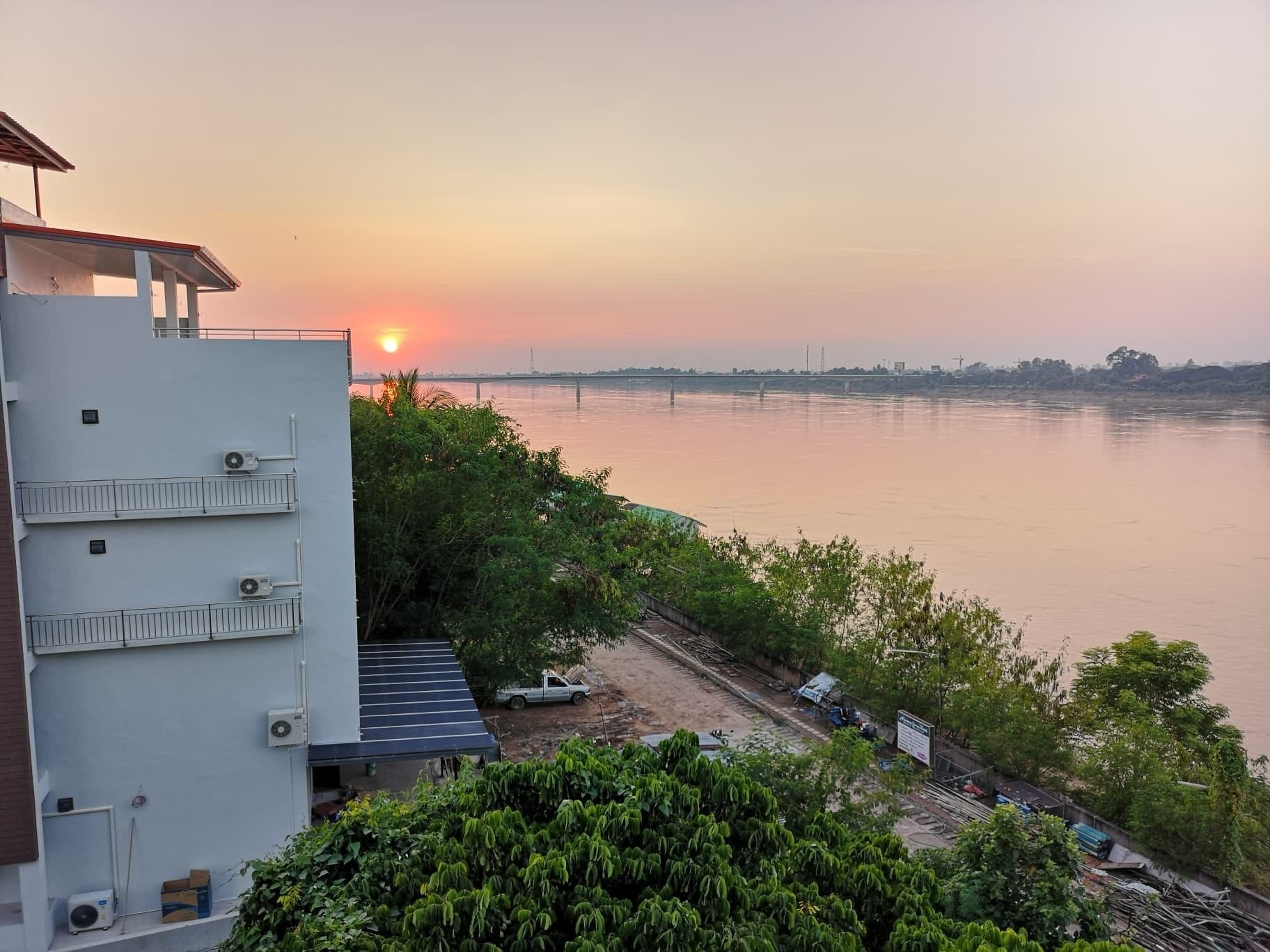 Samoar Riverside Hotel, Muang Nong Khai