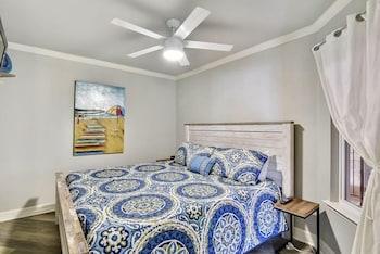 Maravilla 205 1 Bedroom 1 Bathroom Condo