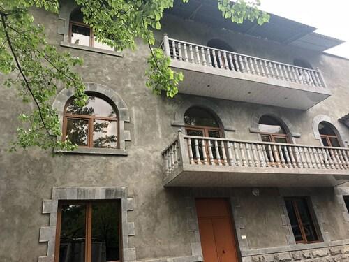 Sanasar Hotel,