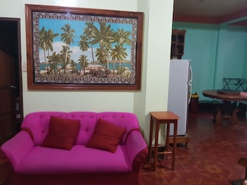 DESIREE'S LODGE AND TRANSIENT HOUSE, BALER AURORA Living Area