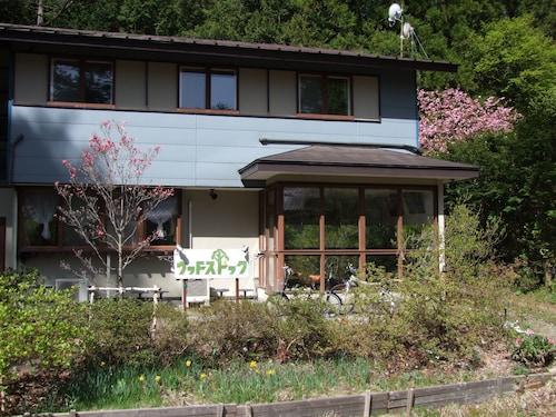 Kawaguchiko Pension Woodstock, Fujikawaguchiko