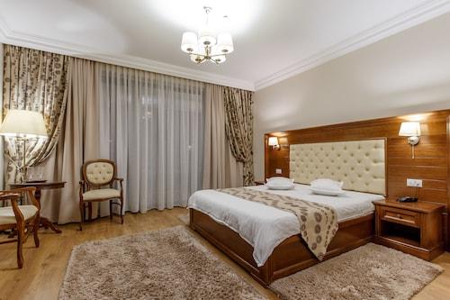 . Hotel Gabriela