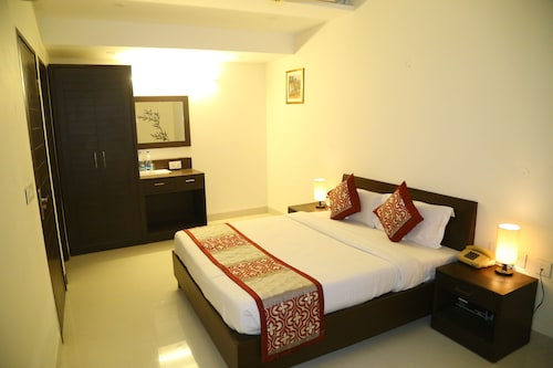 OYO 2690 Hotel Oscar Regency, Panchkula