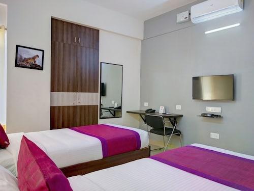 OYO 11092 Shiv Enclave, Bangalore