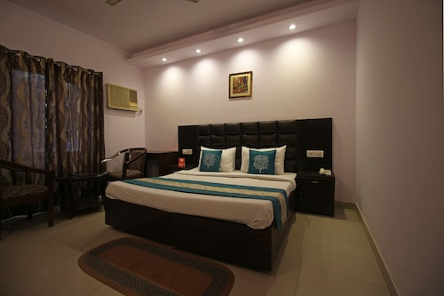 OYO 508 Asian Hospitality 1, Gurgaon