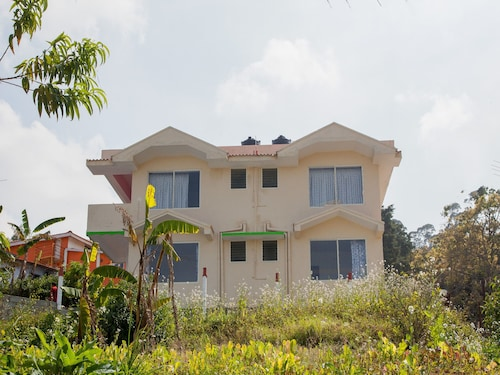 OYO 11394 Hotel Mount N Breeze, The Nilgiris