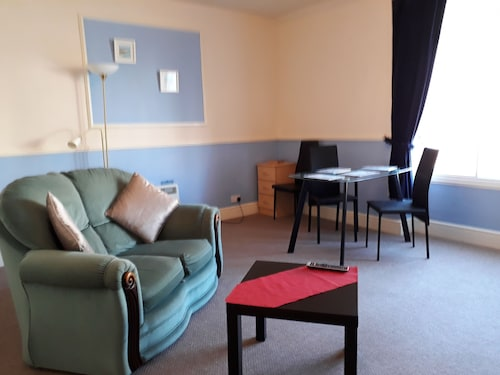 Sunrise Apartments, Conwy