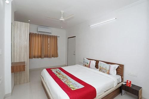 OYO 11075 Home Modern 3BHK Gulab Bagh, Udaipur