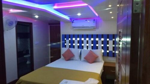 Jct Houseboats, Alappuzha