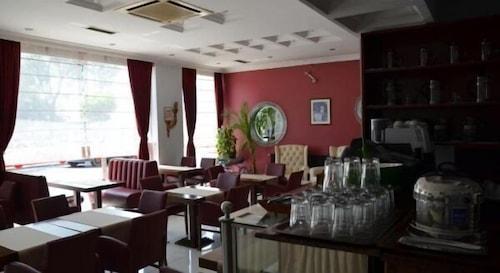 Anibal Hotel, Gebze