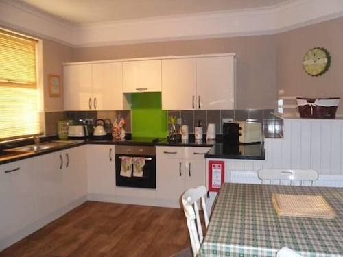Claremont House Holiday Apartments, Conwy