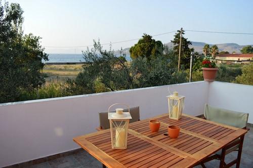 . Villa Marianthi