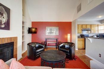AustinStays 2 Bedroom Downtown Suite photo