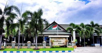 Hotel - Berlian Abadi Hotel