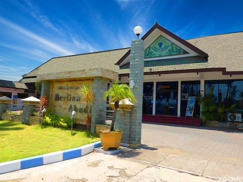 . Berlian Abadi Hotel
