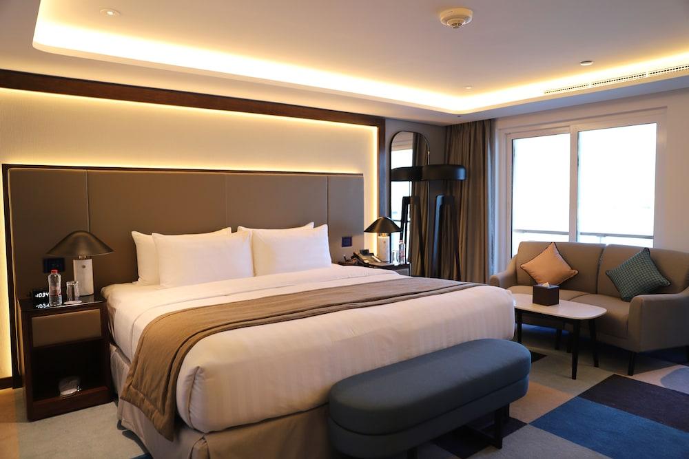 クイーン エリザベス 2ホテル