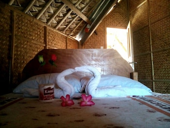 REGGAE VIBES DE ISLA ROMBLON - HOSTEL Room