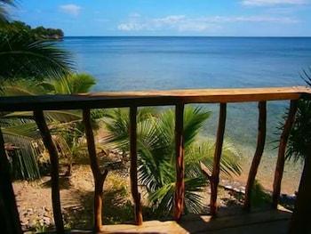 REGGAE VIBES DE ISLA ROMBLON - HOSTEL View from Property