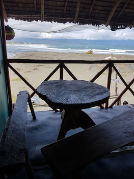A.S.J. BACKPACKERS BALER Terrace/Patio