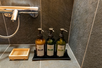 MIBU-MOMIJI Bathroom Amenities