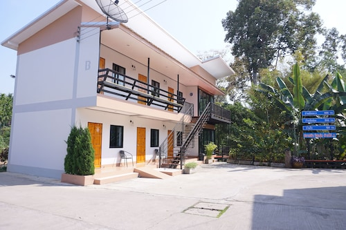 Plaifah Resort Ban Rai, Ban Rai