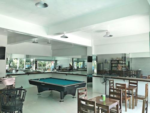 Rey-Alexandria Suites Annex, Puerto Galera