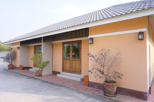 S Ville Resort, Muang Uthai Thani